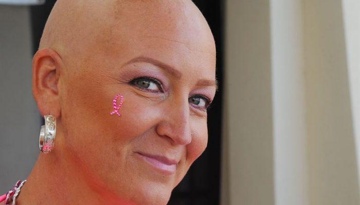 מתמודדת עם סרטן שד גרורתי